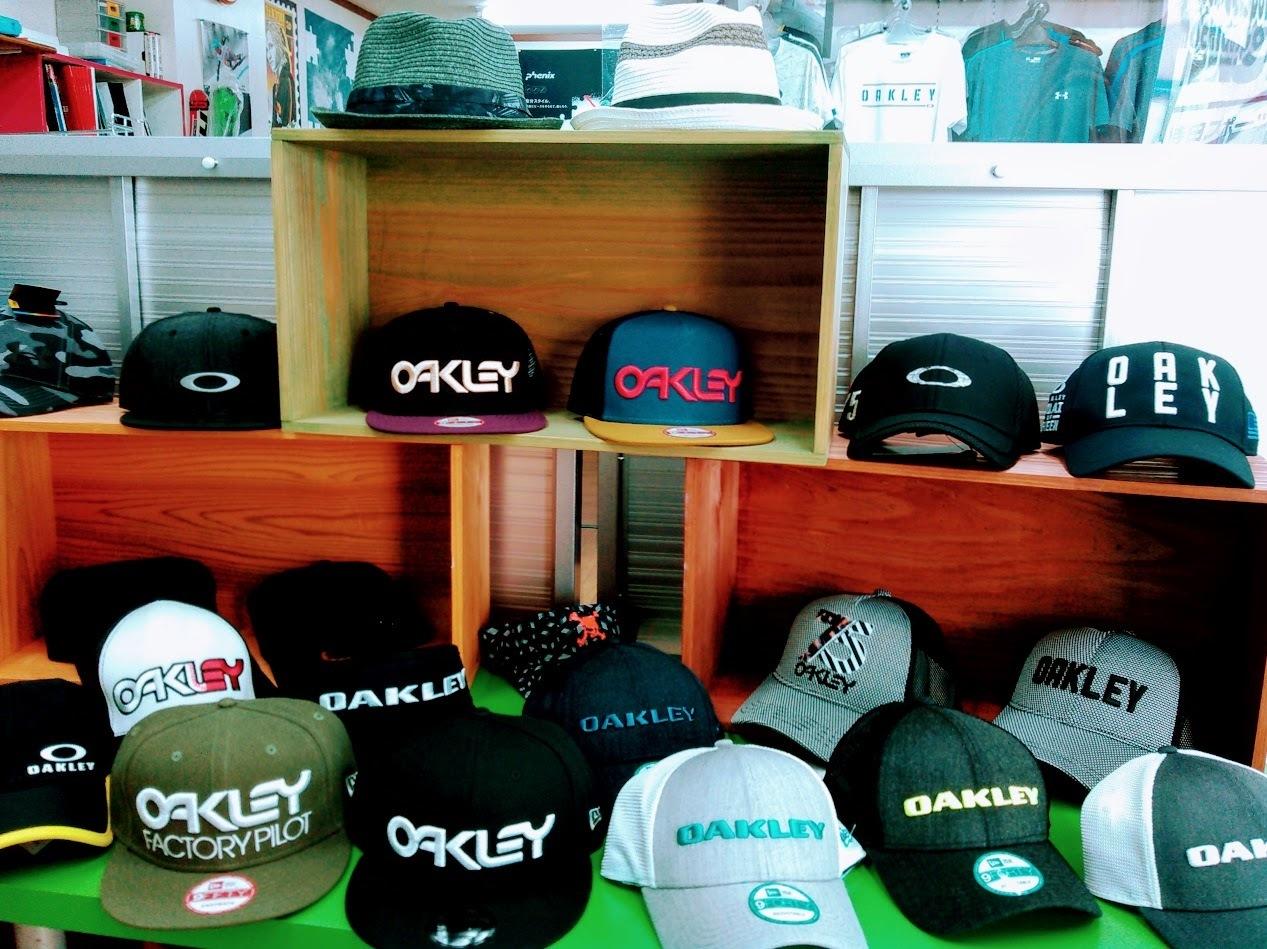 oakleycap.jpg